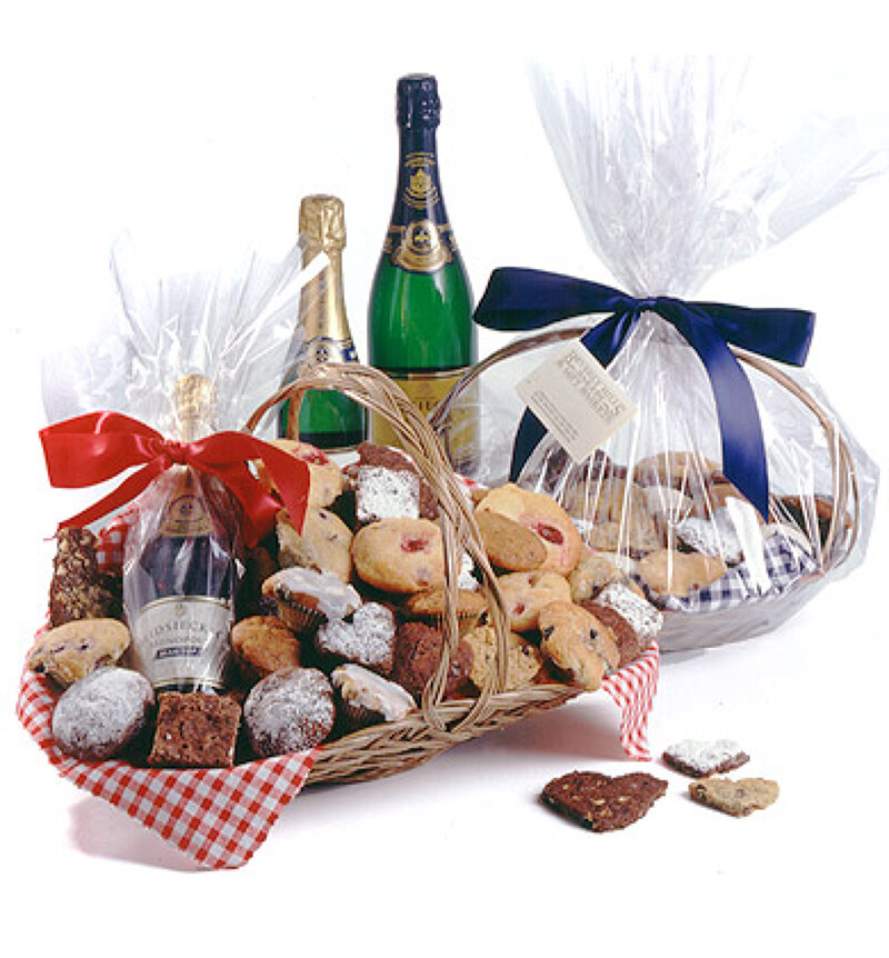 Wedding Gifts London: Romantic Gift Baskets & Anniversary Gifts For Delivery In